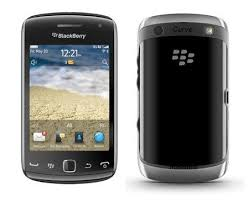 BlackBerry Curve 9380 vista fronte e retro